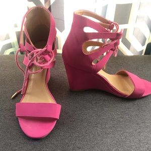 Pink sandals wedges